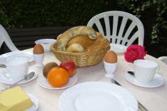 Frühstück auch im Freien